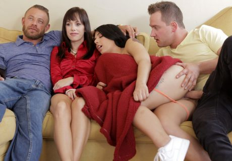 Gina Valentina - Family Flicks - S8-E1