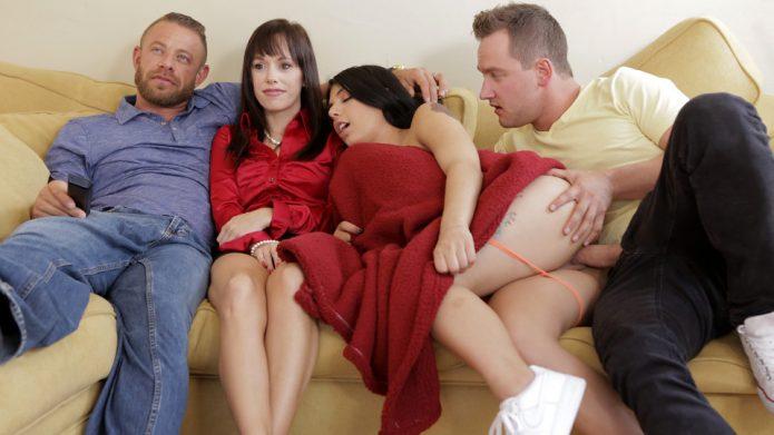 Gina Valentina - Family Flicks - S8-E1