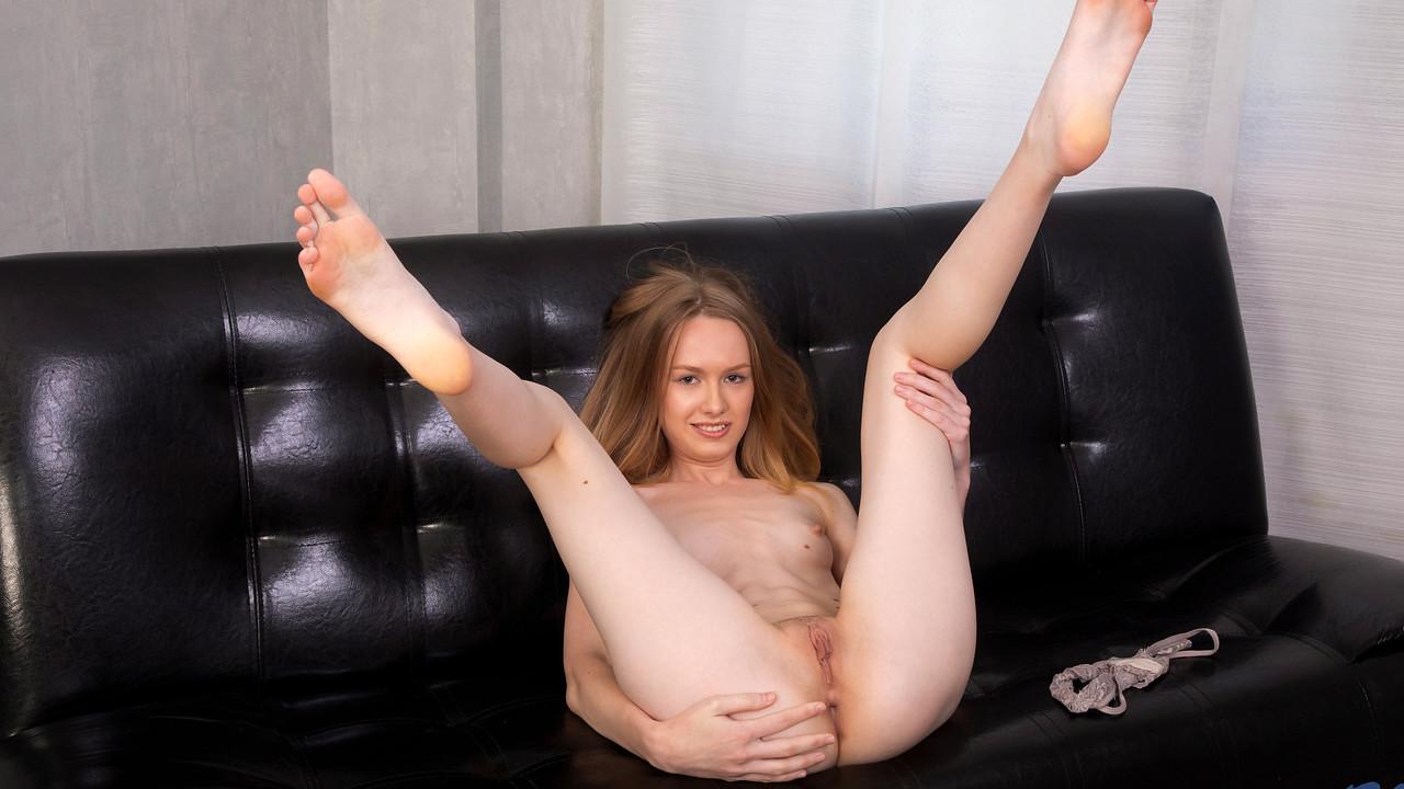 Alisa Lee in Petite Pussy Play