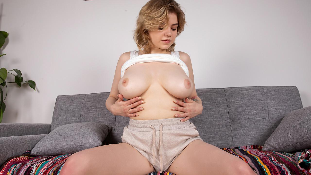 Nubiles Bella Breeze - Curvy Cutie