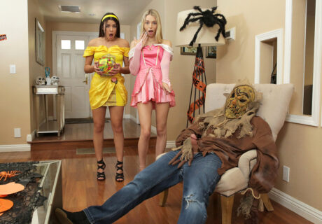 Kylie Rocket - Lily Larimar - Step Brothers Trick And Treat