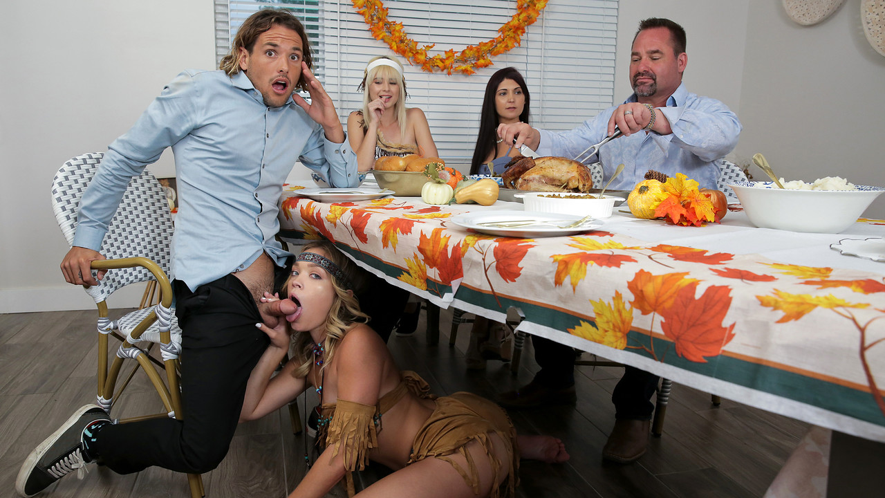 Jessie Saint - Katie Kush - My Step Cousins Cum For Thanksgiving - S16-E4